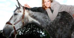 pferd reiterin